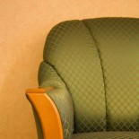 cropped-chair1.jpg